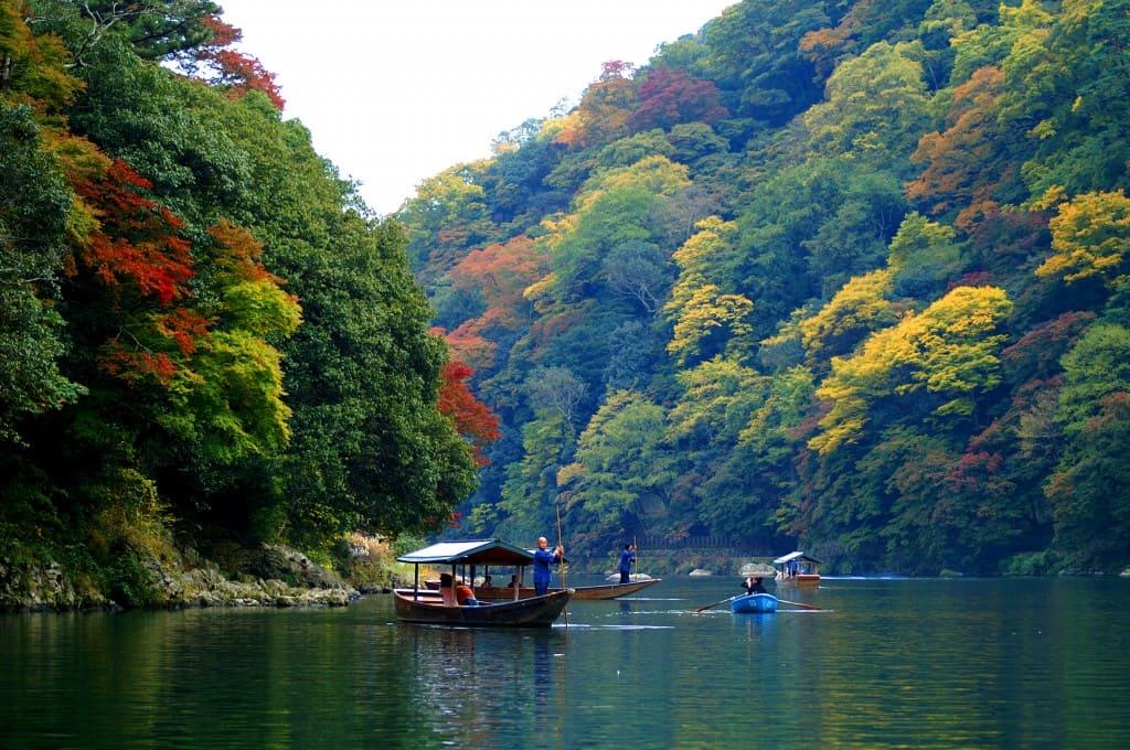 嵐山屋形船紅葉